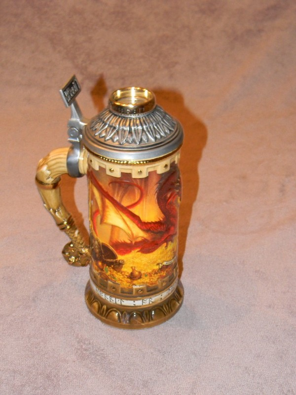 Smaug-the-Magnificent-Legendary-Stein03